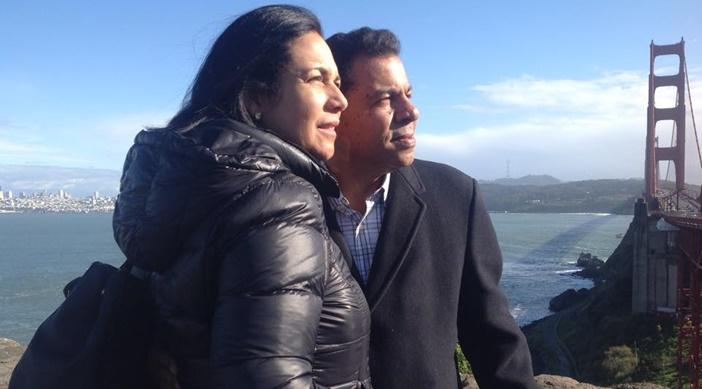 """Raphy Rey, Director de """"Radio Catolica Internacional"""" y su esposa Ydelsa desde Oakland (California)"""