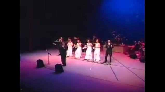 RAPHY REY – ME LLAMAN LOCO = Teatro Nacional