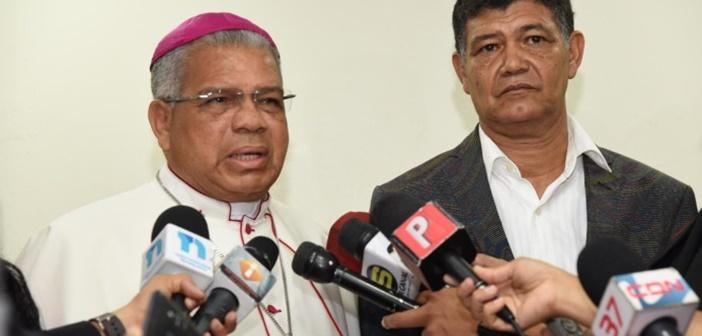 Arzobispo Ozoria dice debe haber castigo en el caso de los Super Tucano