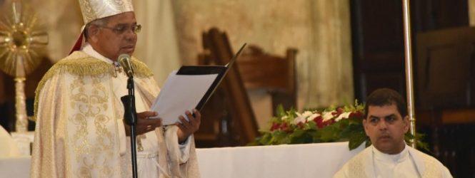 Arzobispo de Santo Domingo aboga por reducción brecha entre ricos y pobres