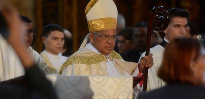 RD:  ARZOBISPO Monseñor Ozoria: país vive tiempos de oscuridad: define locutores asesinados como personas buenas